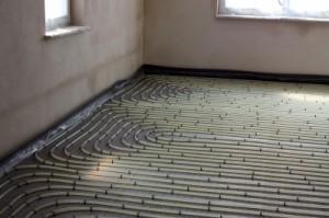 Konventionelle Fußbodenheizung, Bildquelle: Uli Carthäuser, pixelio.de